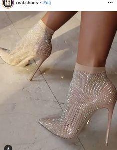 Hot Shoes, Women's Shoes, Me Too Shoes, Shoe Boots, Nude Shoes, Stiletto Shoes, Fall Shoes, Dream Shoes, Crazy Shoes