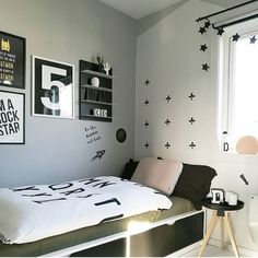 Love this beautiful kid's room by 👈🏻 We only have 1 set of Design Letters bed linen remaining in our sale, link in our bio 💫 . Nursery Bedding Sets Girl, Toddler Girl Bedding Sets, Queen Bedding Sets, Luxury Bedding Sets, Bed Sheets Online, Cheap Bed Sheets, Bedding Sets Online, Restoration Hardware Bedding, Matching Bedding And Curtains