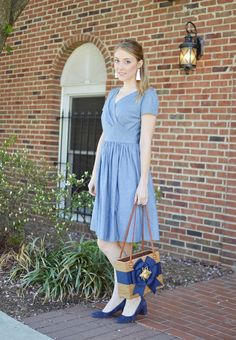 How to wear vintage Patterns--and not look like you stepped out of 1955 (Simplicity 1123)