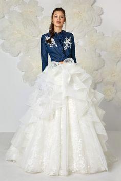 Non solo bianco. Scopri gli abiti da sposa più originali