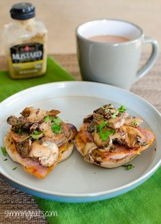Slimming Slimming Eats Garlic Mushrooms with Bacon - Slimmng World (SP) and Weight Watchers friendly Slimming World Breakfast, Slimming World Diet, Slimming Eats, Slimming World Recipes, Slimming World Starters, Slimming World Lunch Ideas, Healthy Eating Recipes, Diet Recipes, Cooking Recipes