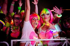 Electric Run. Yessss I need these wigs for the race