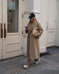 Bild Outfits, Mode Outfits, Fashion Outfits, Womens Fashion, Beige Outfit, Daily Fashion, Fashion Photo, Fashion Models, Style Fashion
