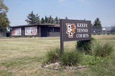 Keefe Tennis Courts http://www.bgsufalcons.com/sports/2012/6/6/SB_0606120736.aspx
