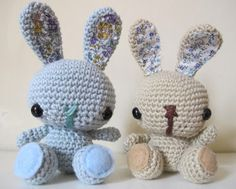 yarnroundhook has made two crochet amigurumi style bunnies (big heads), I like the fabric in the ears and on the feet