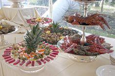 Cruditè, aragoste e frutti di mare. Buffet per il ricevimento del matrimonio. Preludio Catering. Banqueting per matrimoni, menu per buffet matrimoni. Wedding ideas, wedding buffet inspiration.