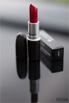 CHANEL Beauty Blog Kosmetik Shopping Haul - MAC Riri Woo - Rihanna Collection