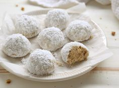 Center Stage: Walnut Snowball Cookies with Completely Delicious Everyday Good Thinking, Walnut Snowball Cookies Cooking LSL, Walnut Snowba. Best Holiday Cookies, Holiday Cookie Recipes, Christmas Cookies, Christmas Ideas, Roll Cookies, Sweet Cookies, Sugar Cookies, Greek Desserts, Cookie Desserts