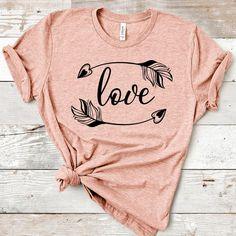 Love Shirt, Diy Shirt, Squad Goals Shirts, Arrow T Shirt, Arrow Svg, Cute Shirt Designs, Birthday Boy Shirts, Vinyl Shirts, Custom T