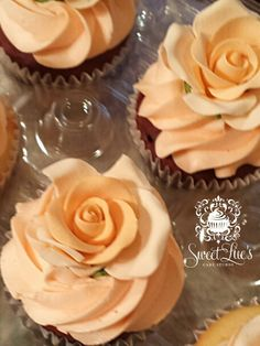Peach Rose Wedding Cupcakes