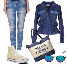 Jeans con stampa camouflage, camicia di jeans scuro, sborsa con stampa, blu scuro, converse beige, ochhiali da sole specchiati, per la scuola o universita', ma anche nel tempo libero!