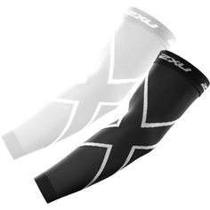 The 2XU Unisex Recovery Arm Sleeves is the ultimate way to support forearm and bicep muscles! 250 Denier compression fabric allows more power to the forearm, elbow, and bicep. All-around circular knit construction creates reliable and powerful pressure for more explosive arm strength. Increased circulation and oxygenation helps reduce fatigue and damage.