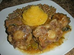 Chef JD's Cuisine & Travel Website Turnstile : Haitian Stewed Oxtail with Corn Meal Mush and Pigeon Peas Meet Recipe, Oxtail Meat, Oxtail Recipes, Curry Recipes, Pigeon Peas, Haitian Food Recipes, Nigerian Food, Caribbean Recipes, Caribbean Food