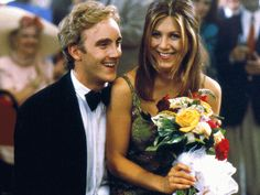 """Jennifer Aniston as Kate Mosely and Jay Mohr as Nick. She ends up with him in """"Picture Perfect""""<3"""