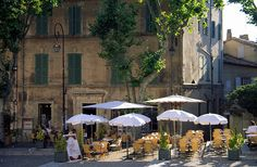 Avignon, Vaucluse, France; what I wouldn't give to have lunch at this place!