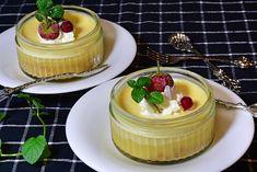 Crème de citron : la recette de grand-maman qui se prépare en moins de 5 minutes Pie Dessert, Dessert Table, Dessert Recipes, Quick Easy Desserts, Pudding Desserts, Lemon Cream, Sweet Recipes, Sweet Treats, Cheesecake