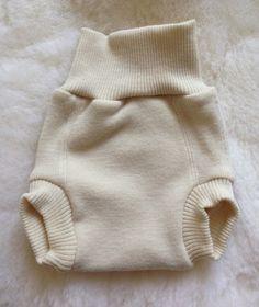 overpants fraldas de pano de lã na natureza