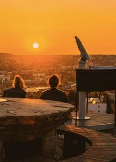 Čo robiť a vidieť v Nitre - Noizz Celestial, Sunset, Film, Outdoor, Movie, Outdoors, Film Stock, Cinema, Sunsets