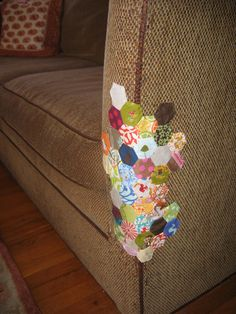 By Racey Tae, via Flickr. I love the idea of using hexies to patch a cat-stratched sofa!