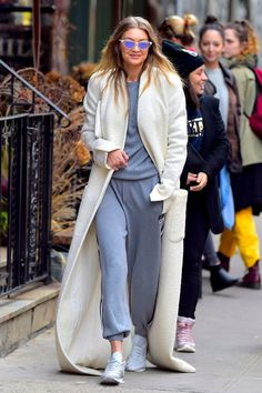 Gigi Hadid Just Stamped Her Signature on This Off-Duty Look