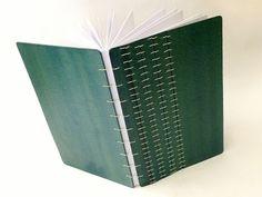 caderno capa dura dobravel, encadernação copta
