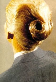 Kim Novaks hair in Vertigo.