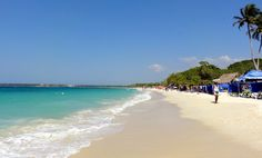 Playa Blanca in Baru is one of the most famous places to go and spend a beach day near Cartagena. Read here the easiest way to get to Playa Blanca from Cartagena.