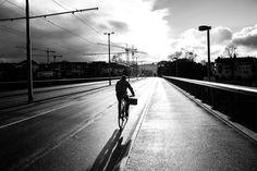 by (c) Dominic Kummer Railroad Tracks, Sidewalk, Photography, Photograph, Side Walkway, Fotografie, Walkway, Photoshoot, Walkways