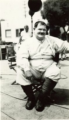 """Oliver Hardy On Set """"Flying Deuces"""" 1939 Laurel And Hardy, Stan Laurel Oliver Hardy, Comedy Duos, Comedy Films, Sound Film, Great Comedies, People Of Interest, Silent Film, Classic Movies"""