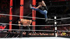 Dean Ambrose vs Kane: Fotos | WWE.com