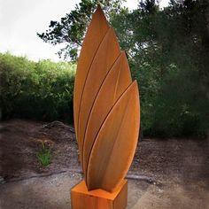idées pour intégrer l'acier corten au jardin- sculpture contemporaine