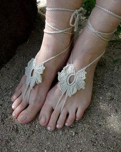 https://www.etsy.com/listing/195770759/beige-barefoot-sandals-crochet?ref=related-0