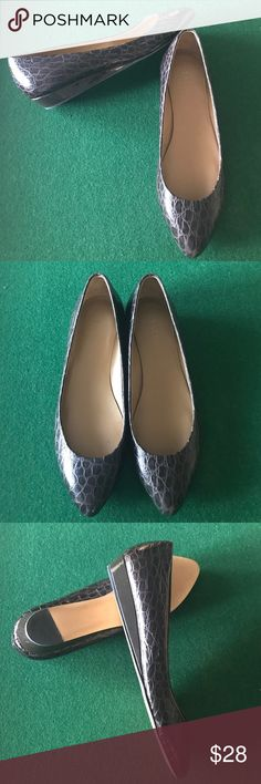 Talbots almost flat In new condition wore once but not my style. Dark brown nice heel for comfort Talbots Shoes Flats & Loafers