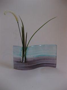 Undulating Ikebana Glass Vase