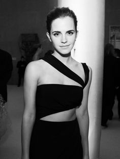 Vogue: Parties - NYC, 05.06.2013 - Inside the Met Gala - The 2013 Costume Institute Ball - by Katherine Bernard - 20. Emma Watson