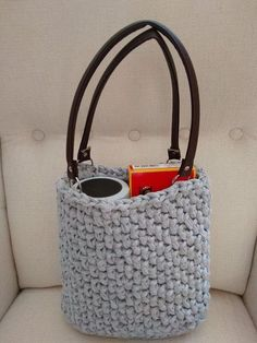 Hotovo :) Textiles, Love Crochet, Crochet Projects, Louis Vuitton Damier, Straw Bag, Purses And Bags, Teddy Bear, Shoulder Bag, Homemade