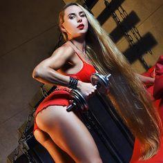 #ladyinred #red #bootybuilding #bodygoals #squats #curves #fit #fitness #girl #curvygirl #gymaholic #peachy #gymlife #fitnessmotivation #gymrat #fitnessmodel #girlswholift #instafit #fitbody #qirlswhosquat #igfitfam #fitspo #gymmotivation #longhair #hair #hairstyle #hairstyle #matrix #muscle #kateno4eklala ❤️