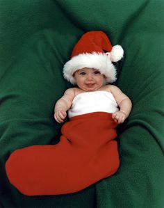 05 Month - Christmas Stocking.jpg 1,600×2,033 pixels