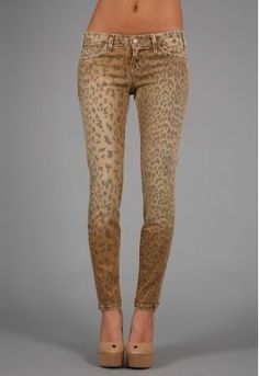 leopard skinny jeans-- don't act like you're shocked that I pinned these.
