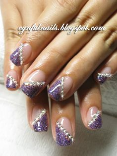 Who doesn't love purple? It calls out to fun and fab girls! Add some contrasting colors and you're screaming like a banshee down the road. Natural Nail Designs, Purple Nail Designs, Nail Polish Designs, Beautiful Nail Designs, Cute Nail Designs, Hot Pink Nails, Purple Nails, Purple Glitter, Gorgeous Nails