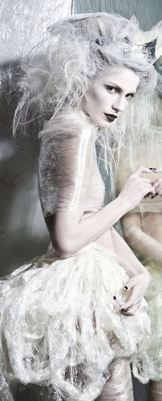 Snow Queen, Fairy Tales, Photography, Snow Flakes, Fictional Characters, Beauty, Whisper, Romance, Ice