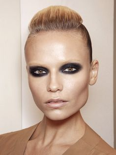 extreme smokey eye and bleached brows