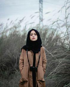 Muslim Fashion, Ootd Fashion, Modest Fashion, Girl Fashion, Fashion Dresses, Womens Fashion, Hijabi Girl, Girl Hijab, Ootd Hijab