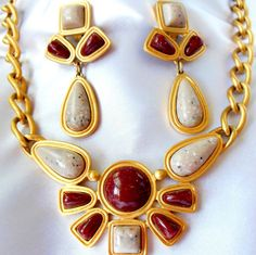 AVON Desert Sands Necklace and Earring Set by Ladysfancys on Etsy, $55.00 #TeamLove #vintage #jewelry #Fashion #etsyretwt