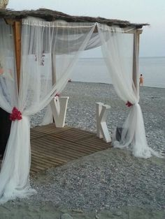 #boda #playa #altar #decoración