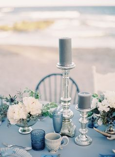 Winter beachside inspiration in 2019 beachy wedding голубая Table Decoration Wedding, Wedding Centerpieces, Wedding Table, Beach Table Decorations, Decor Wedding, Wedding Themes, Wedding Colors, Wedding Flowers, Decoration Inspiration