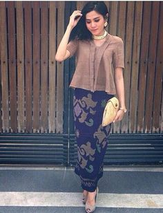 Super ideas for fashion modest casual sleeve Kebaya Lace, Kebaya Dress, Batik Kebaya, Batik Dress, Kebaya Brokat, Batik Fashion, Ethnic Fashion, Hijab Fashion, Womens Fashion