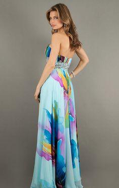 Vestidos Largos Estampados. En esta ocasión te mostrare lindos vestidos largos estampados. Los estampados de flores son un estampado muy tradicional, de esos que nunca pasaran de moda