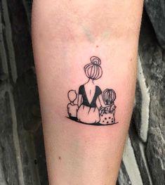 Lotus Tattoo Wrist, Mandala Tattoo, Mother Tattoos, Mom Tattoos, Tattoo Life, I Tattoo, Tattoos For Daughters, Healthy Beauty, Tattoo Designs