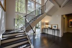 Incredible Floating Staircase Design Ideas To Looks Dazzling 21 Stairs Window, Entry Stairs, Staircase Railings, Staircase Design, Stairways, Staircase Ideas, Staircase Pictures, Front Stairs, Staircase Remodel